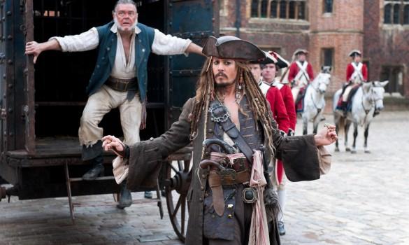 PIRATES OF THE CARIBBEAN: ON STRANGER TIDES - Johnny Depp