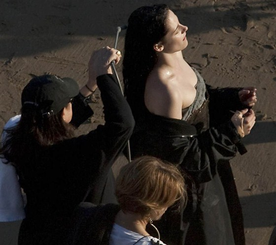 Branca de Neve e os Huntsman - Pics Kristen Stewart Set (2)