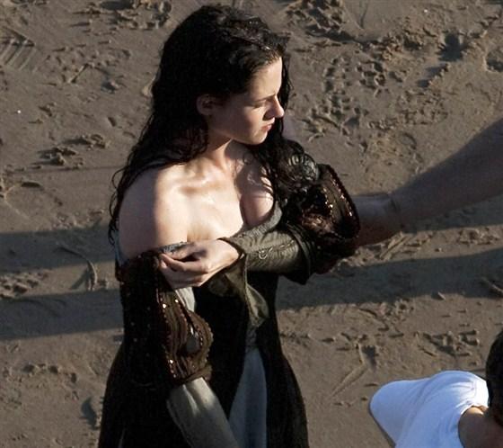 Branca de Neve e os Huntsman - Pics Kristen Stewart Set (3)