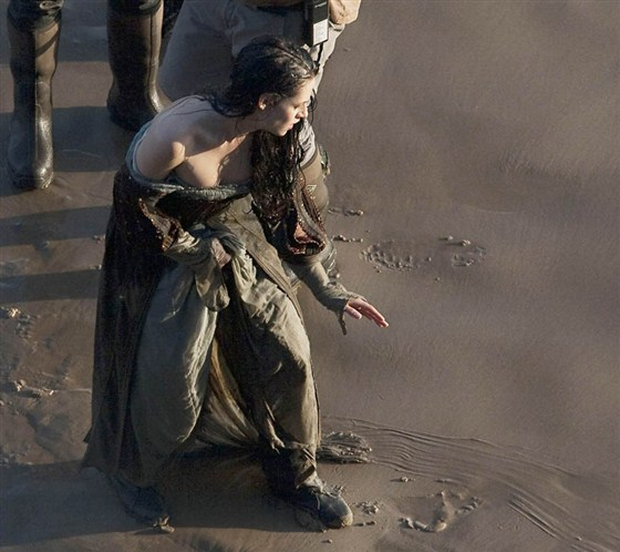 Branca de Neve e os Huntsman - Pics Kristen Stewart Set (4)
