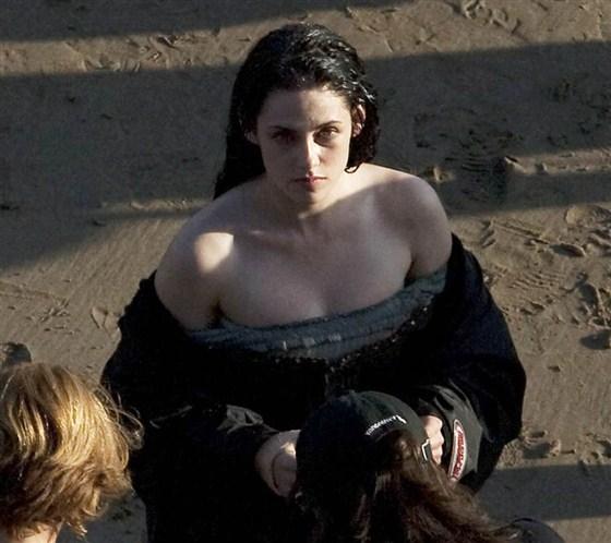 Branca de Neve e os Huntsman - Pics Kristen Stewart Set (5)