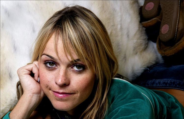8 Mile's Taryn Manning Set To Lead A White Trash Christmas ...