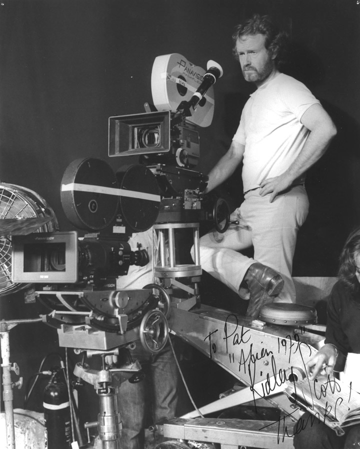 Ridley Scott On Set Of Alien Heyuguys