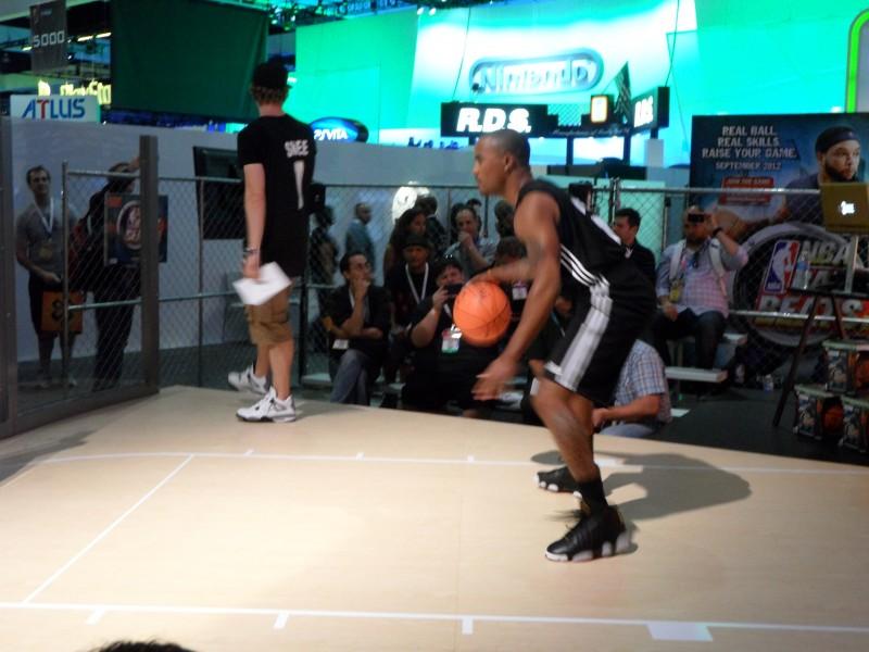 SAM 0010 800x600 NBA Baller Beats English [ XBOX360 ]