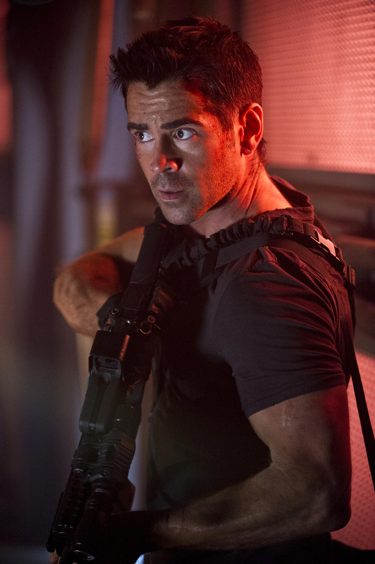 Colin Farrell in Total Recall - HeyUGuys