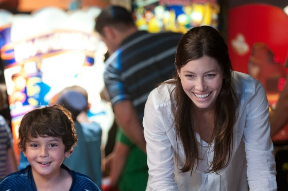 Jessica Biel in Playing for Keeps