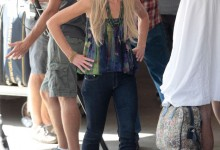 Portia de Rossi on Arrested Development Set