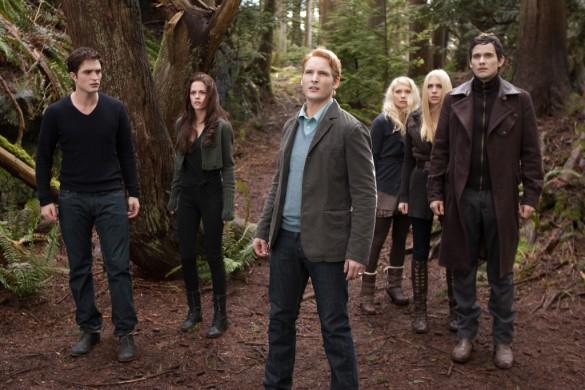 http://www.heyuguys.co.uk/images/2012/08/The-Twilight-Saga-Breaking-Dawn-Part-2-1-585x390.jpg
