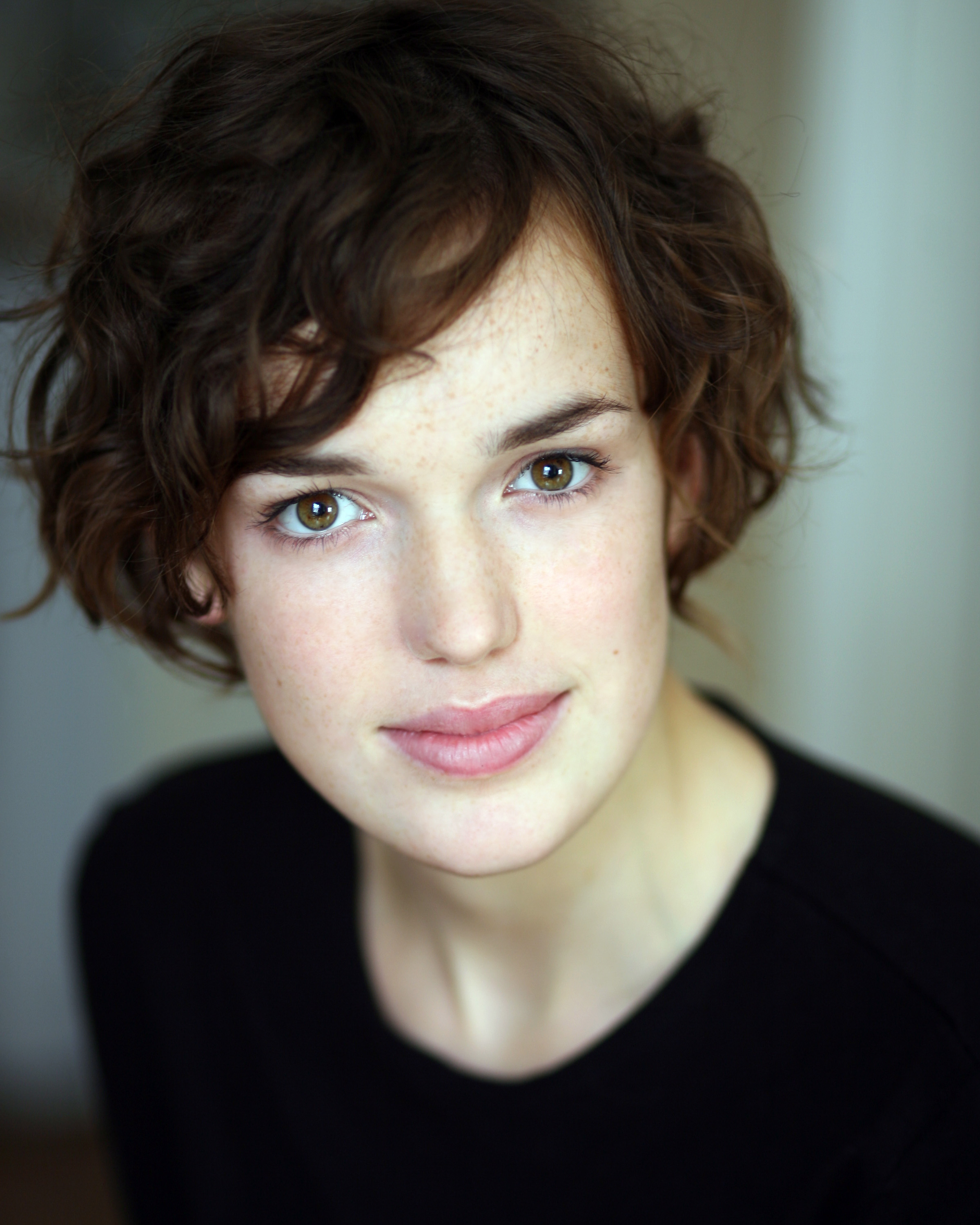 elizabeth henstridge movie list