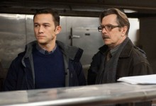 Joseph-Gordon-Levitt-and-Gary-Oldman-in-The-Dark-Knight-Rises