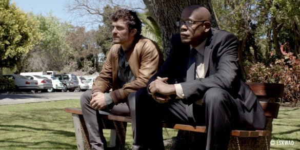 Orlando-Bloom-and-Forest-Whitaker-in-Zulu