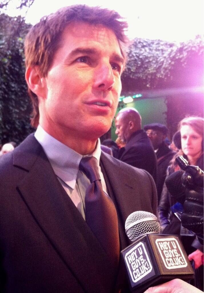 Tom-Cruise-Oblivion-Premiere