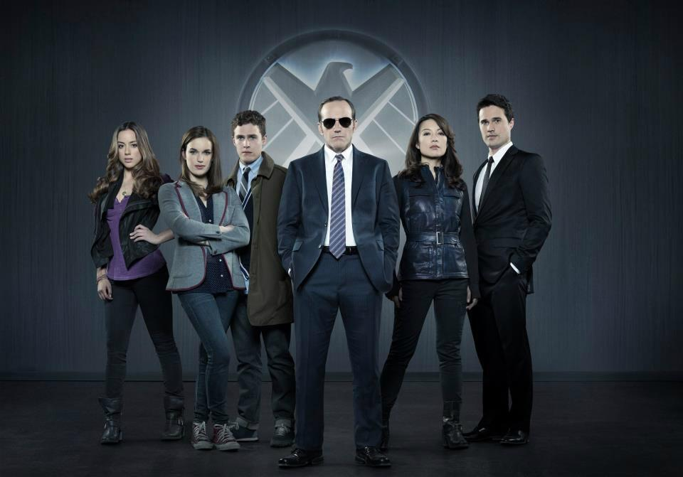 Agents-of-S.H.I.E.L.D.-Cast-Photo