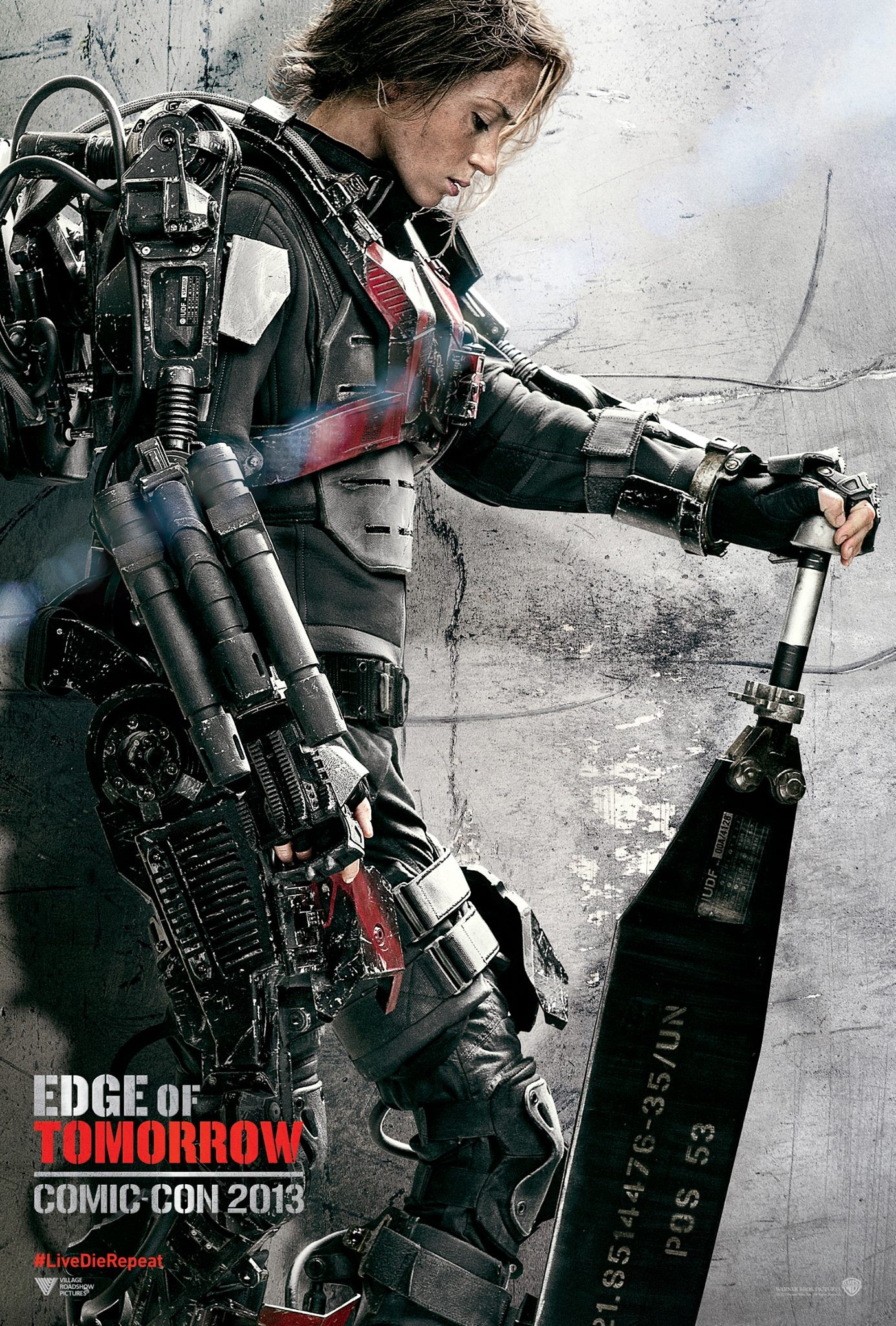 Edge-of-Tomorrow-Comic-Con-Poster-Emily-Blunt