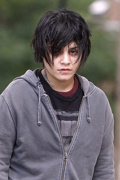 Vanessa-Hudgens-on-set-of-Gimme-Shelter