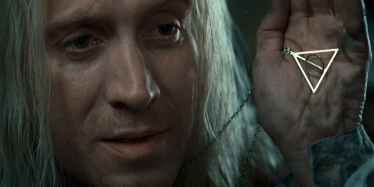 10 harry potter easter eggs to look out for in fantastic for Deathly hallows wand