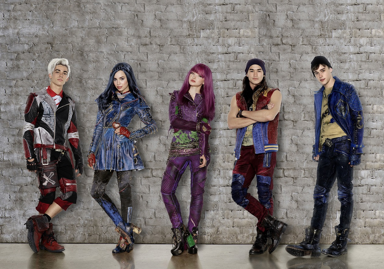 Go behind the scenes of Disney's Descendants 2 in first ...