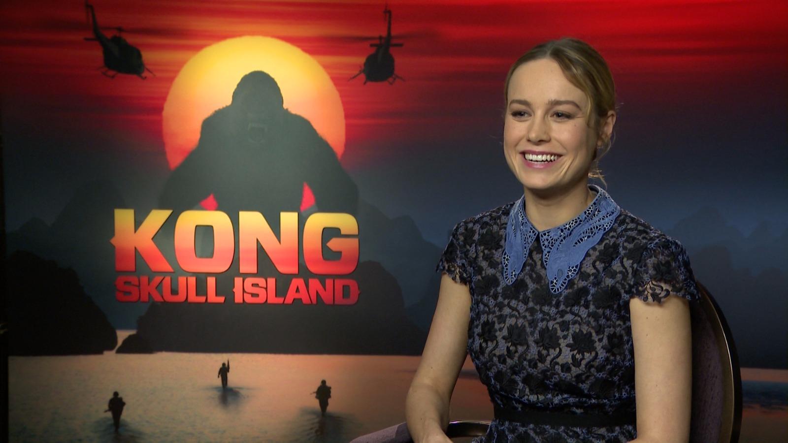 ผลการค้นหารูปภาพสำหรับ brie larson kong skull island