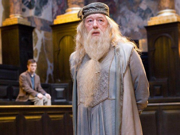 Fantastic Beasts Dumbledore Jude Law